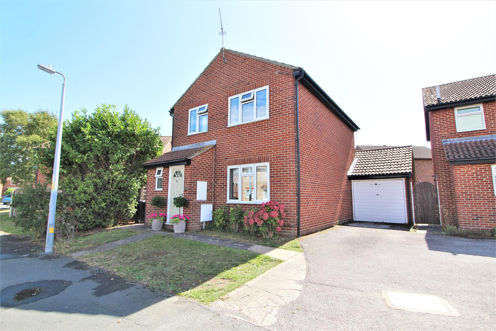 Frietuna Road, Kirby Cross, Essex, CO13 0RY